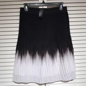 White house black market skirt size 4